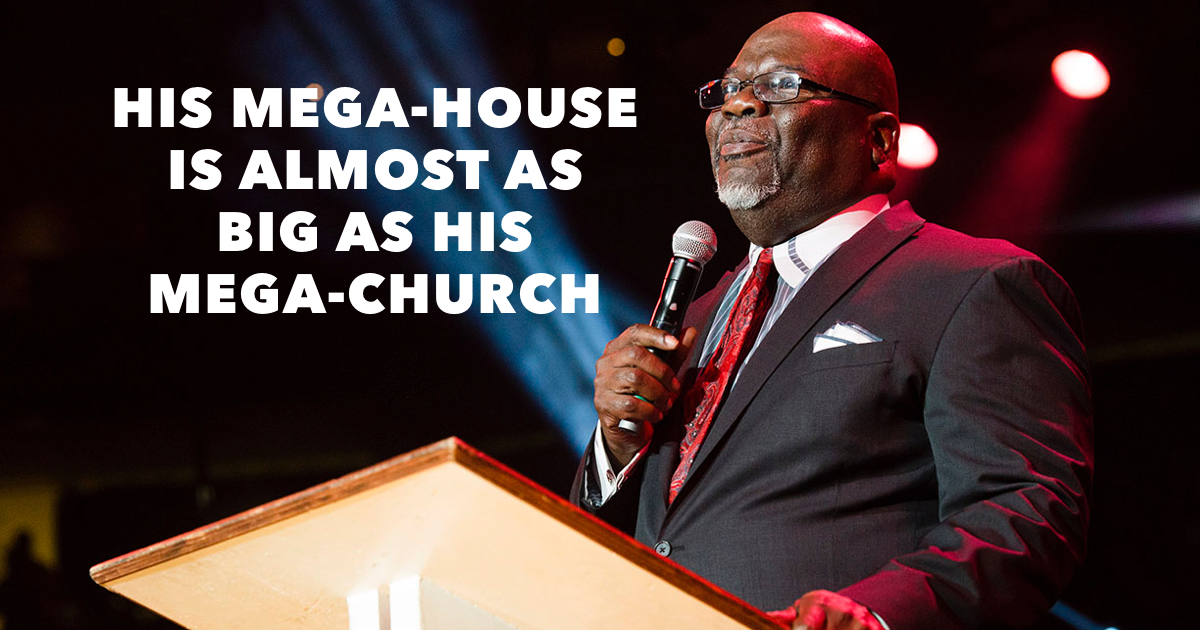 Where does TD Jakes live?
